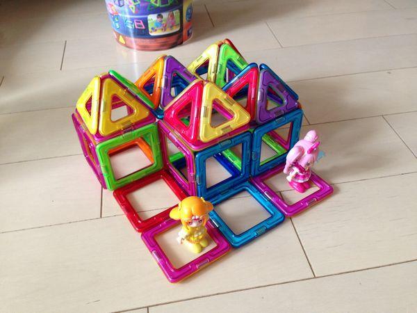 4歳誕生日にはマグフォーマーがおすすめ!ずっと遊んでくれる!